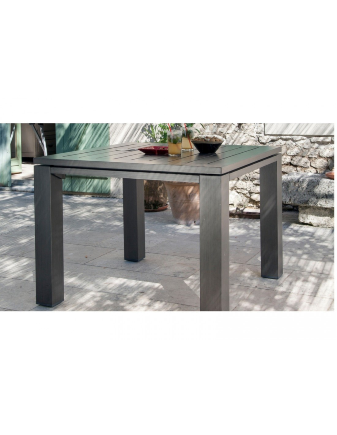 Table de jardin carr e latino aluminium brush oc o - Salon de jardin oceo aluminium fiero ...