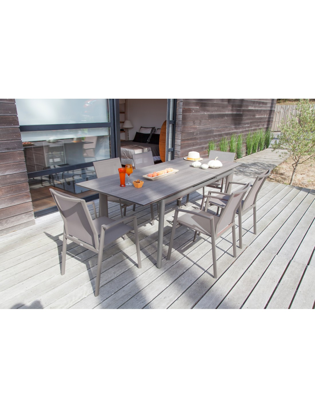 Beautiful table de jardin extensible hpl pictures for Table extensible allure gris poivre graphite