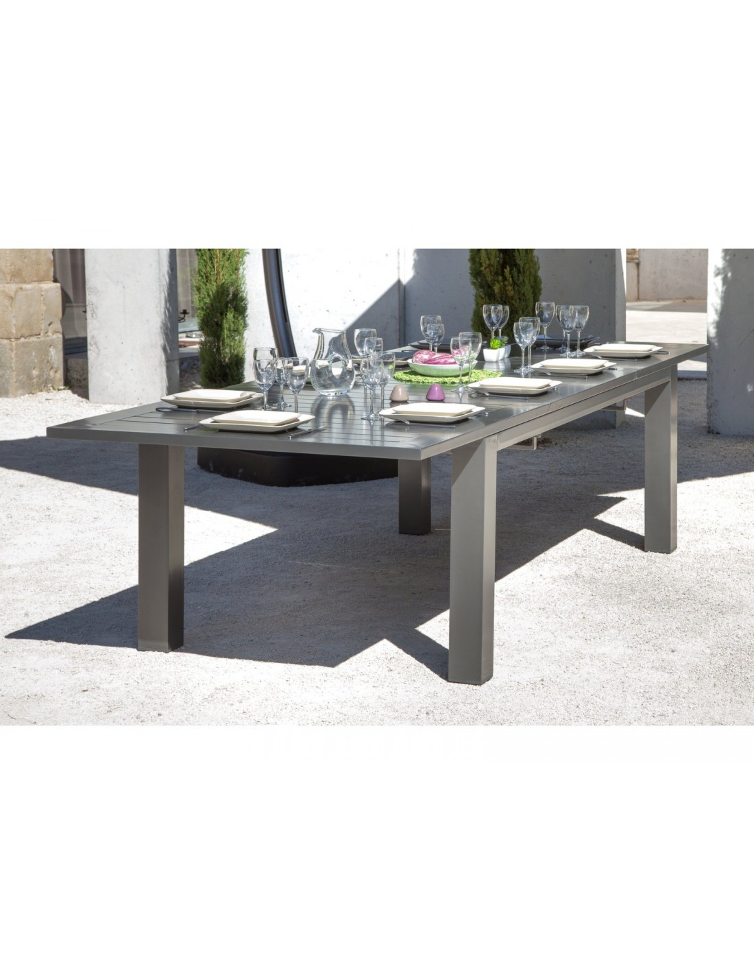 Table aurore 12 personnes aluminium caf 214 311 x 110 for Table exterieur 12 personnes