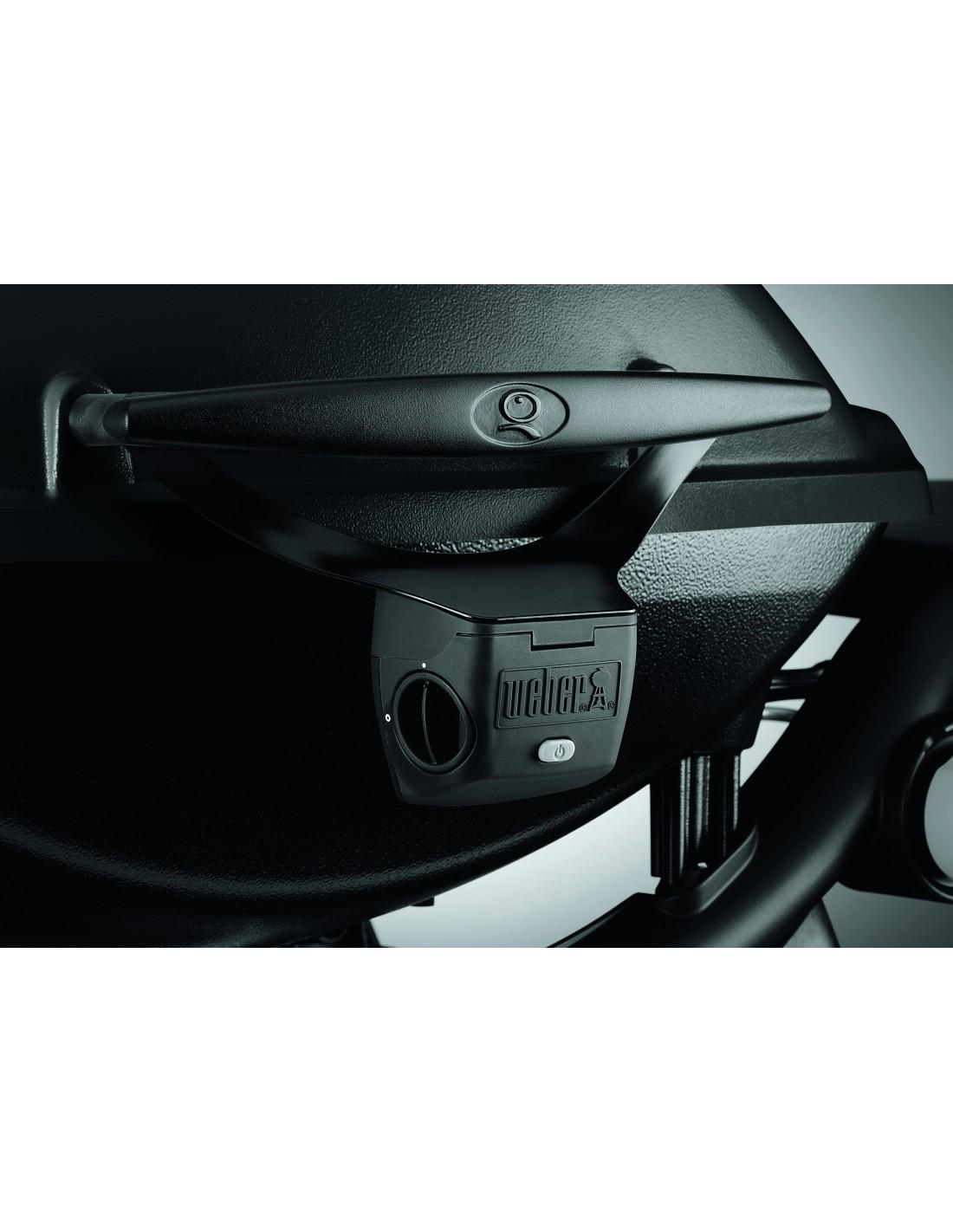 barbecue gaz q3200 black noir avec chariot plancha. Black Bedroom Furniture Sets. Home Design Ideas