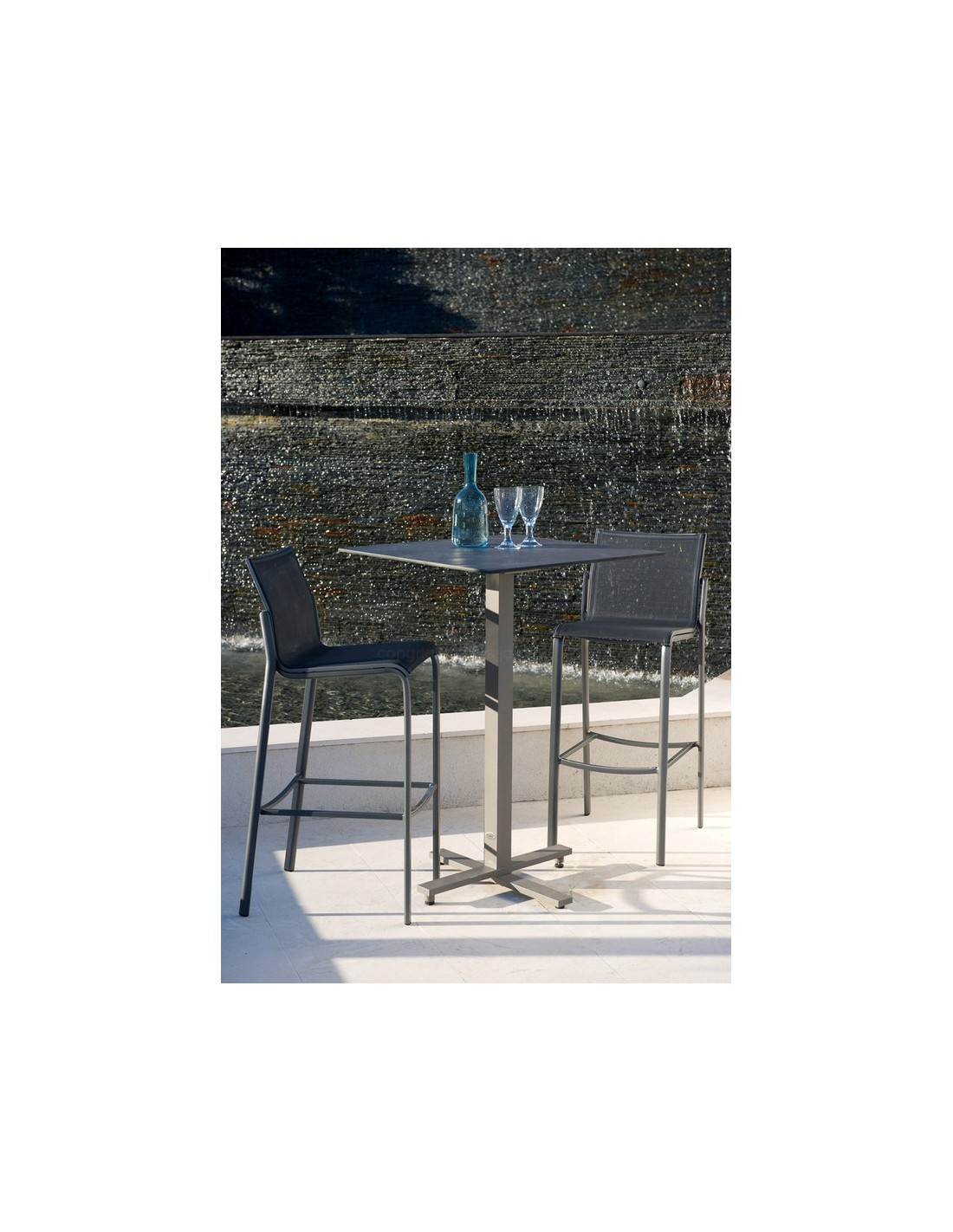 tabouret de bar ext rieur hegoa les jardins. Black Bedroom Furniture Sets. Home Design Ideas